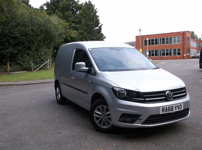 Volkswagen Caddy Panel Van 2.0 TDI (102PS) C20 Highline BMT DSG P/Van