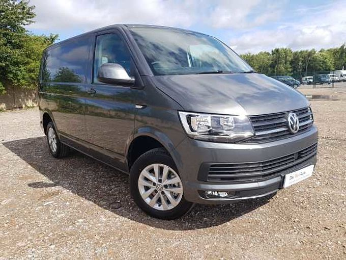 Volkswagen Transporter T28 Panel van Highline SWB EU6 102 PS 2.0 TDI BMT - Camper Spec