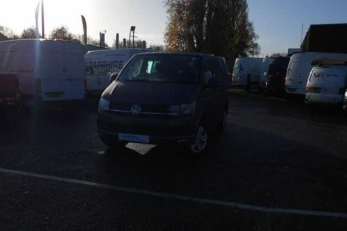 Volkswagen Transporter Kombi 2.0TDI 150 T32 Highline BMT SWB **Discover Media Navigation**Heated Front Seats**Power Folding Mirrors**