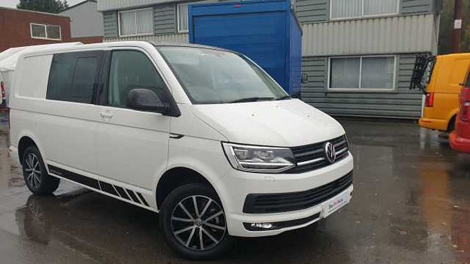 Volkswagen Transporter T30 Swb Diesel **Heated driver and front passanger seats 2.0 TDI BMT 150 Edition Kombi Van DSG