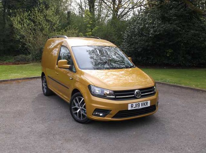 Volkswagen Caddy Panel Van 2.0 TDI (150PS) C20 Highline BMT DSG P/Van
