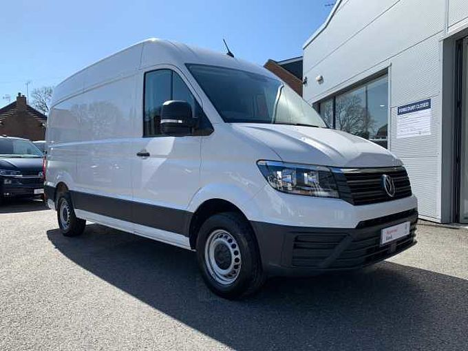 Volkswagen Crafter Cr35 Mwb Diesel CR35 Panel van Trendline MWB 140 PS 2.0 TDI 6sp Manual RWD Van (NO VAT)