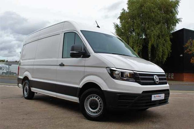 Volkswagen Crafter CR35 MWB Diesel CR35 Trendline MWB 177 PS FWD 2.0 TDI 6sp Manual FWD + Business Pack A/C