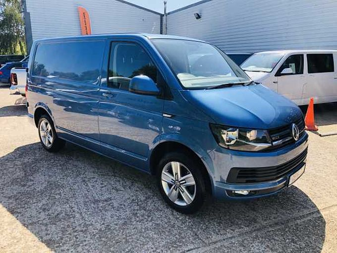 Volkswagen Transporter T32 Panel van Highline SWB EU5 140 PS 2.0 TDI BMT 6sp Manual 4MOTION