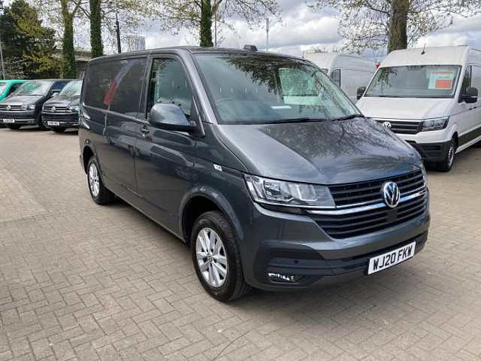 Volkswagen Transporter 2.0TDI 110ps T28 Highline BMT SWB PV T6.1 Tailgate Rear View Camera