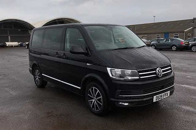 Volkswagen Caravelle Bus 2.0TDI 150PS SWB Executive BMT Bus