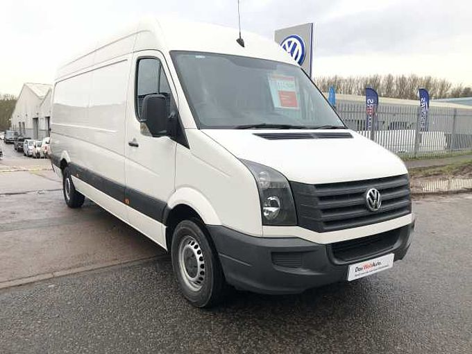 Volkswagen Crafter 2.0TDi (136PS) CR35 MWB High Roof Van ***AIR CON***