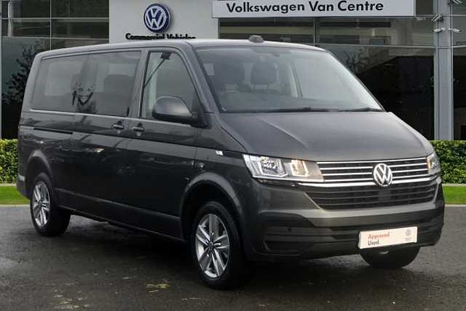 Volkswagen Transporter Shuttle SE LWB 150 PS 2.0 TDI 7sp DSG