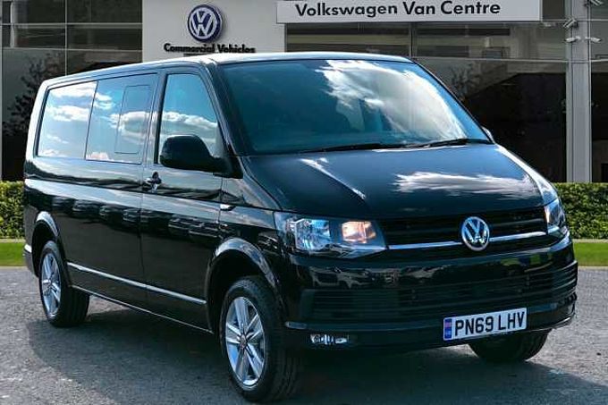 Volkswagen Transporter Kombi T32 Highline LWB 150 PS 2.0 TDI BMT 6sp Manual