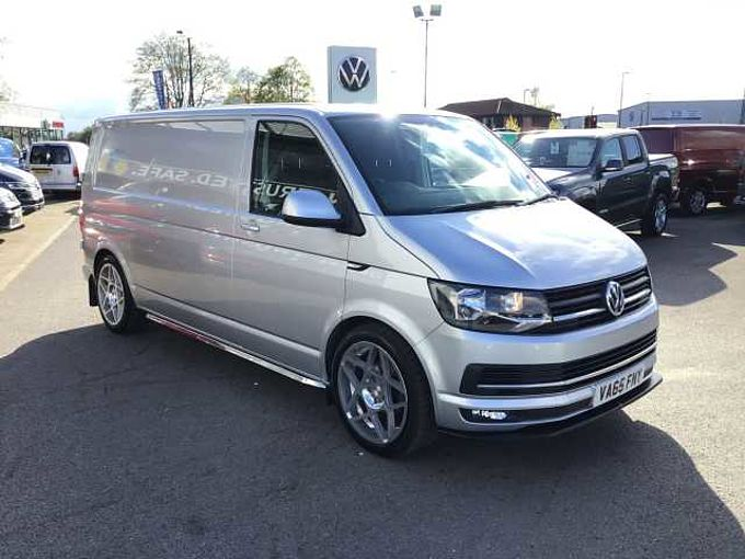 Volkswagen Transporter T30 Highline LWB 140ps