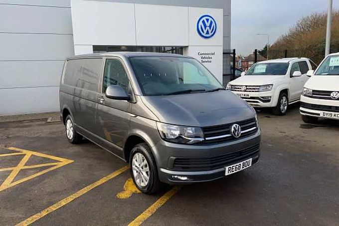 Volkswagen T28 Transporter Highline 2.0TDi 102PS SWB
