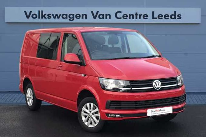 Volkswagen Transporter 2.0TDI 150PS Eu6 T30 Highline SWB *HEATED WINDSCREEN* AIR CON* 6 SEATS*